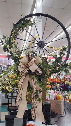 Spring wreaths by Rhonda Bicycle Rims, Bicycle Decor, Bicycle Wheel, Bicycle Art, Bicycle Crafts, Bicycle Painting, Wagon Wheel, Wreath Crafts, Diy Wreath