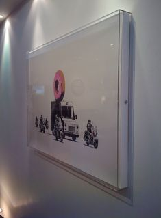 Perspex Box Frame We love a wide spectrum of art and frames