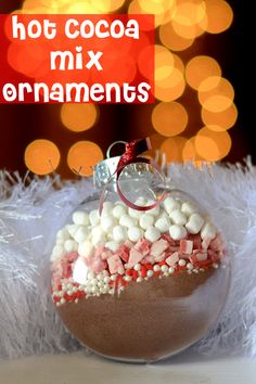 Hot Cocoa Mix Ornaments! Great Christmas gift idea! These would be cute party favors when you are hosting a hot chocolate bar. I love this idea
