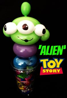 #Alien #ToyStory Toy Story Birthday, Toy Story Party, Balloon Centerpieces, Balloon Decorations, Disney Balloons, Halloween Balloons, Balloon Crafts, Balloon Delivery, Balloon Animals