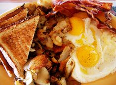 Every British fancy a sizzling fry-up full English breakfast in the morning, especially in a hangover one. Generally speaking, the components of a regular ...