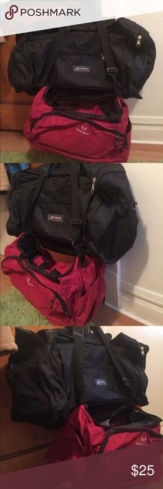 Black travel bag L Used travel bag in good condition black color normal travel size hold up to 23lbs. Little red carryon bag is my gift 🎁. Also in very good condition on the second photo you can see on your right red bag is little ripped on up corner but you can saw in it easy to fix. Bags Travel Bags