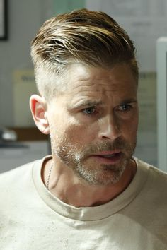 Rob Lowe joins the cast as Col. Ethan Willis, who has been embedded at Angels Me… Rob Lowe joins the cast as Col. Ethan Willis, who has been embedded at Angels Memorial by the U. Military's most elite medical program to teach innovative … Beard Styles For Men, Hair And Beard Styles, Cabelo David Beckham, David Beckham Haircut, Short Hair Cuts, Short Hair Styles, Gentleman Haircut, Trimmer For Men, High And Tight