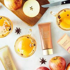 Fall is the PRIME time to get your apple pie, apple cider, and apple products in. #JaneIredale's Smooth Affair Primer contains apple extracts to help keeping the skin looking radiant and youthful. Shop Jane Iredale in-store and online by clicking the link in our bio.