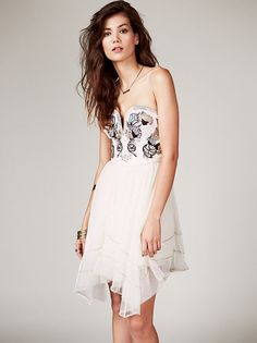 20 Amazing AND Affordable Dresses for the Boho Bride