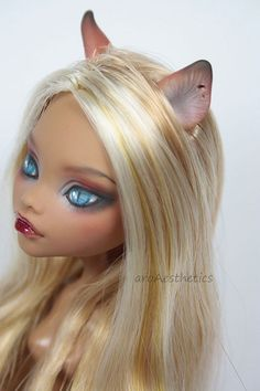 Clawdeen faceup and ear painting
