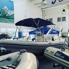 Embarcación de recreo Stile M500 con Toldo Bimini Carvid Marine 4 Arcos Aluminio. Disponible en nuestra web: www.carvidmarine.com Sailing, Boat, Arches, Budget, Candle, Dinghy, Boats, Ship