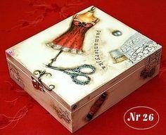 ABruxinhaCoisasGirasdaCarmita: Caixa (decoupage) para a costura