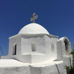 #Naxos #cyclades #greece #holidays #travel #summer #instauram #blue #white #church