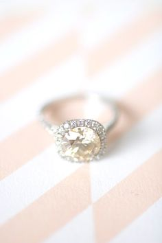 Gorgeous champagne ring