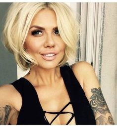 80 Bob Hairstyles To Give You All The Short Hair Inspiration - Hairstyles Trends Blonde Bob Hairstyles, Wedge Hairstyles, Hairstyles 2018, Blonde Hair, Bob Haircuts, Layered Haircuts, Bobs Blondes, Short Blonde Bobs, Blonder Bob
