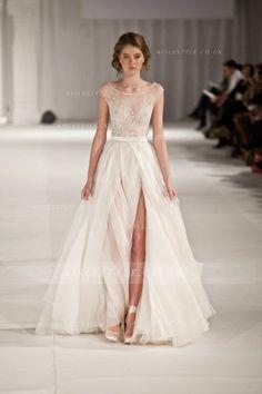 Bateau Neck Lace Bodice Split Front Long Chiffon Wedding Dress _2