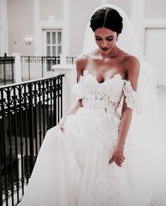 Wedding Dress Train, White Wedding Dresses, Cheap Wedding Dress, Bridal Dresses, Wedding Gowns, Bridesmaid Dresses, Wedding Tips, Boho Wedding, Wedding Bride