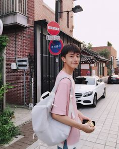 Chinese Babies, Chinese Boy, Korean Boys Ulzzang, Ulzzang Boy, Korean Guys, Beautiful Boys, Pretty Boys, Korean Best Friends, Cute Asian Babies