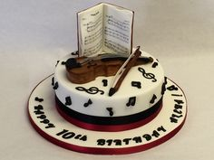Musical Cake with Violin and Music Pages