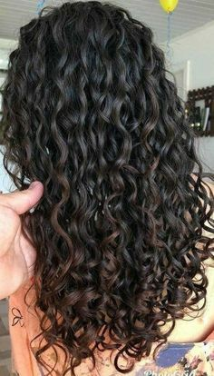 The right way to use a hair diffuser for perfect natural curls . - The right way to use a hair diffuser for perfect natural curls …, the diffus - Curly Hair Styles, Natural Hair Styles, Natural Curly Hair, Naturally Wavy Hair, 3a Curly Hair, Long Natural Curls, Wavy Hair Care, Black Curly Hair, Natural Beauty