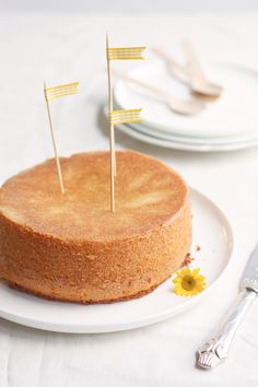 Time to celebrate? Bake a Lemon Cake!