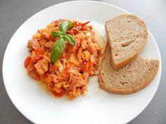Recept lečo, lečo recepty, domácí lečo recepty, nejlepší lečo, rychlé večeře recepty Risotto, Grains, Rice, Ethnic Recipes, Food, Essen, Meals, Seeds, Yemek