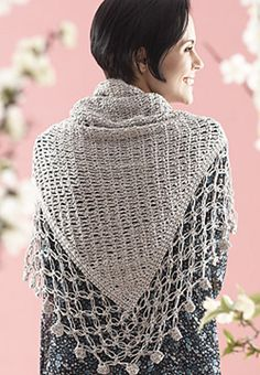 Lace edge shawl. Free pattern in French and English by Patons.
