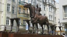 Horse Sculpture on Szewska Street , Wroclaw, Poland By http://www.carrentalwroclawairport.com
