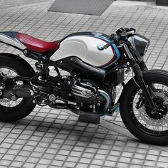This time, in order not to destroy the body of this bike, R9Target's design concept is to let people realize building a cafe racer is not that hard like people used to know. The designer, Dakar Chou only keeps a little part of grey from the original BMW RnineT Pure, then he add in some streamlines with three different kind of color which can represent the spirit of BMW competitive. The purpose of building this bike is not only for the motor show, but also the designer wished all the fans of…