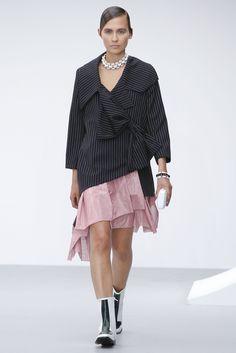 J.W.Anderson Spring 2013 Ready-to-Wear Fashion Show - Vilma Putriute