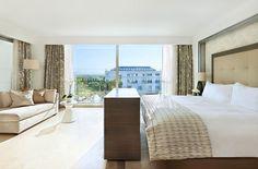 chaise longue - Conrad Suite bedroom