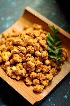 Baked Masala Peanuts coated in a crunchy, savory batter of gluten-free besan flour and spices makes for a wonderful tea time snack! Vegan Recipes Easy, Gluten Free Recipes, Snack Recipes, Vegetarian Recipes, Keto Recipes, Amazing Recipes, Bread Recipes, No Bake Snacks, Easy Snacks
