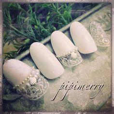 指先からピュアに♡花嫁ネイルはやっぱり純白ホワイトで決定! | marry[マリー]