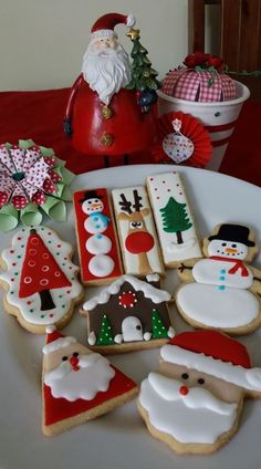 Snowflake Christmas Cookies, Christmas Sugar Cookies, Christmas Sweets, Christmas Cooking, Noel Christmas, Christmas Goodies, Holiday Cookies, No Bake Sugar Cookies, Iced Cookies