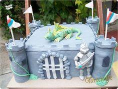Tortenelfes Blog - Backe, backe, Kuchen ...: Noel ist ganz verrückt nach Ritter und Drachen