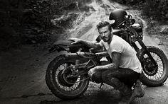 David Beckham e a Triumph/TMC Bonneville edição especial Black Jungle