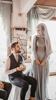 😂😂😂🤣🤣🤣 – My CMS Muslimah Wedding Dress, Muslim Wedding Dresses, Hijab Bride, Muslim Brides, Wedding Hijab, Couples Musulmans, Cute Muslim Couples, Muslim Girls, Muslim Women