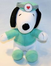 "Dr. SNOOPY  RUSSELL STOVER CANDIES STUFFED ANIMAL PROMO TOY PLUSH 7"" FIGURE USED"