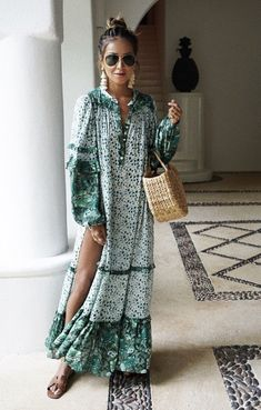 The Perfect Summer Vacation Dress - 21 Best summer vacation Dresses The perfect summer vacation dress and 21 of the best summer vacation dresses we can't stop thinking about Boho Outfits, Summer Outfits, Fashion Outfits, Dress Fashion, Summer Maxi, Summer Clothes, Summer Beach, Boho Summer Dresses, Holiday Clothes