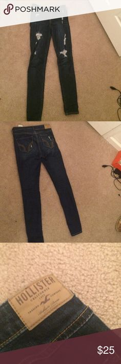 Hollister high rise super skinny Like  title says dark wash super skinny Hollister high rise Jean that are distressed cute with crop tops Hollister Jeans Skinny