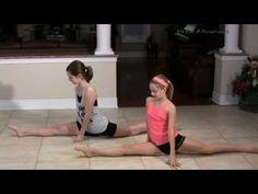 Jete Split Jumps - Split Leaps Ballet - How to do a Jete Dance Move Dance Tips, Dance Moves, Dance Videos, Ballet Class, Dance Class, Flexibility Tips, Workout Memes, Dance Pictures, Yoga Challenge