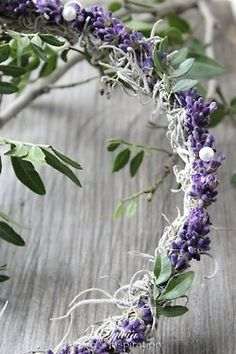 See more about lavender wreath, wreaths and lavender. Lavender Cottage, Lavender Garden, Lavender Fields, Lavender Color, Lavender Flowers, French Lavender, Lavender Crafts, Lavender Wreath, Lavender Wands
