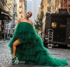 Oyemwen Tiered High Low Tulle Maxi Tutu Dress with Elastic Waistband in Green with a long train. Runs true to size. The color is Hunter Green, but in the sunlight, it loo Tulle Dress, Strapless Dress, Prom Dresses, Formal Dresses, Tulle Tutu, Estilo Rihanna, Luxury Dress, Haute Couture Fashion, Gypsy Fashion