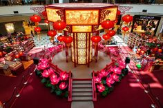 One of the most awaited public holidays in Kuala Lumpur Malaysia is Chinese New Year also known as spring festival which is celebrated grandly in 2020 Chinese New Year Decorations, New Years Decorations, Festival Celebration, New Year Celebration, 2015 Chinese New Year, Photo Booth Setup, Chinese Lamps, Chinese Background, New Year Art