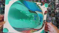 Primary colors and turquoise Acrylic Painting Lessons, Pour Painting, Acrylic Art, Alcohol Ink Glass, Alcohol Inks, Collage Techniques, Quick Crafts, Acrylic Pouring, Resin Art