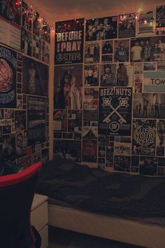 I love the look of the walls being COVERED in posters