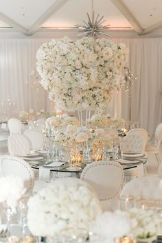 15 Glamorous Wedding Tablescapes – Belle The Magazine Adorable wedding picture – Katie Beverly Photography White Wedding Decorations, Reception Decorations, Wedding Themes, Wedding Centerpieces, Wedding Designs, Wedding Table, Wedding Colors, Wedding Events, Wedding Styles