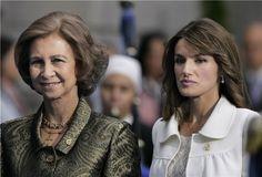 Doña Sofía y doña Letizia durante los Premios Príncipe de Asturias de 2007