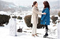 Scenes from ep 101 at the grave site of Seong Do, Mom's murdered husband.