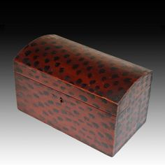 Outstanding Small Paint Decorated Valuables Box ca 1830 Painted Trunk, Painted Chest, Painted Boxes, Painted Furniture, Primitive Furniture, Country Furniture, Modern Furniture, Wooden Trunks, Wooden Chest