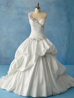 Alfred Angelo disney princess collection <3 I'm in love!!!!
