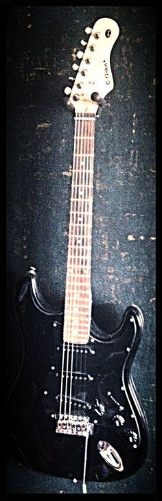 Black Just Black Guitar !