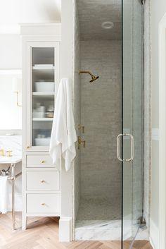 Custom Furniture, Furniture Design, Big Kitchen, Valley View, Traditional Interior, Master Bathroom, Basement Bathroom, Attic Bathroom, Washroom