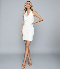 Tuxedo-inspired, the Immy dress in white is designed with a halter neck silhouette and belted waist. The backless design has a contemporary edge, giving your holiday edit an alternative update. Style this piece with stilettos for a cool evening look. Reiss, Modern Tuxedo, Pink Tuxedo, Tux Dress, Neutral Bridesmaid Dresses, Trendy Outfits, Fashion Outfits, Trendy Fashion, Iconic Dresses
